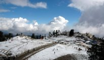 There was slight drop in temperature at Shimla where the recorded minimum temperature was 0.7 degree