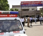 Ghaziabad police intercepted Narendra's car and escorted them to the Vaishali police station